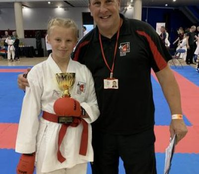 https://redsunkarate.com/wp-content/uploads/2020/11/ekfB-400x350.jpg